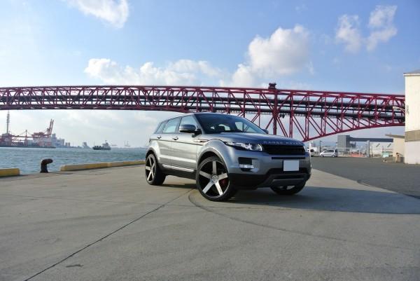 Niche Milan Range Rover Evoque 1