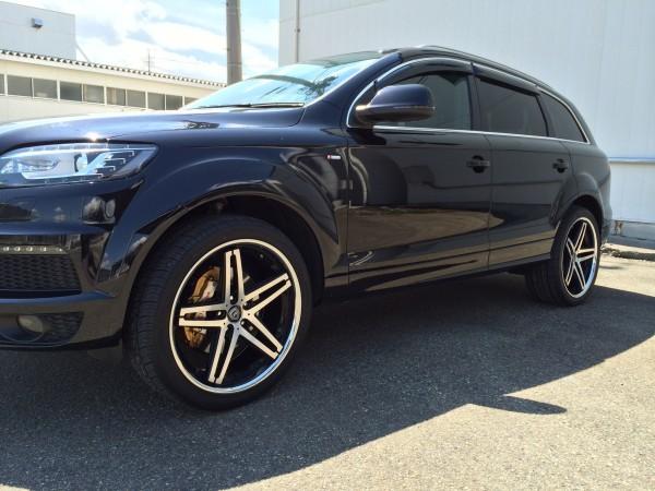 Audi Q7 x Lexani R-Five1